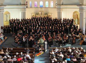 Arlene Sagan conducts Brahms German Requiem in May 2011.