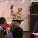 Joe Liebling demonstrates a hearty Ladamus Te